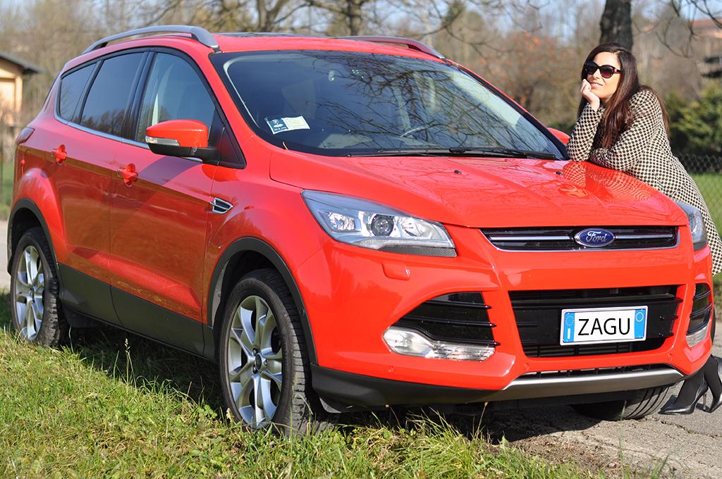 macchina-rossa-suv-ford-valentina-coco-fashion-blogger