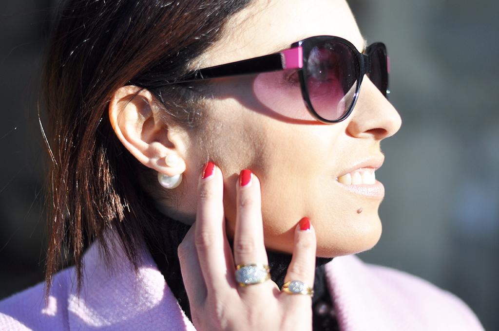 cappotto-rosa-orecchini-dior-fashion-blogger-valentina-coco