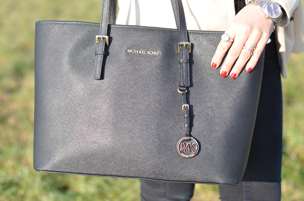 michael-kors-bag-outfit-valentina-coco-shopping