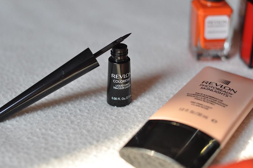 prodotti-essenziali-per-makeup-valentina-coco-revlon-fashion-blogger