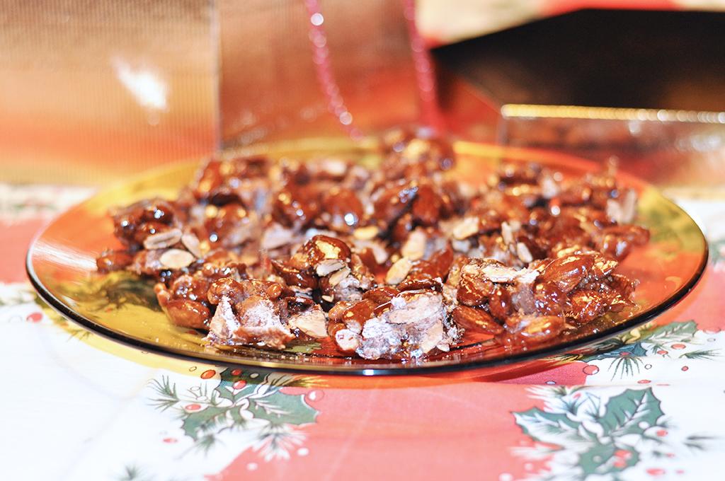 torrone-siciliano-finito-pronto-per-essere-mangiato-valentina-coco-food-blogger