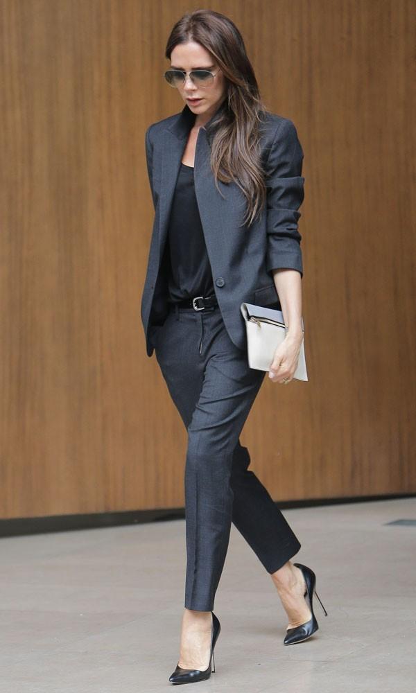 Victoria-Beckham-status-symbol-gonna-dolce-e-gabbana-valentina-coco-fashion-blogger