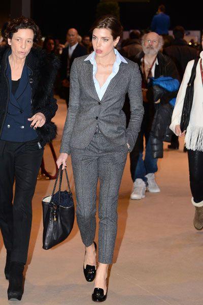 charlotte-casiraghi-tailleur-status-symbol-gonna-dolce-e-gabbana-valentina-coco-fashion-blogger