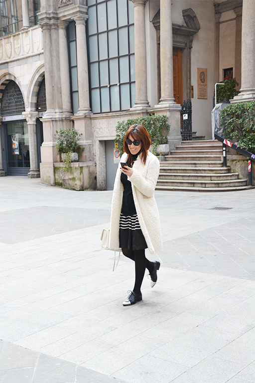 sarenza-shoes-outfit-fashion-blogger-valentina-coco-mfw-street-style-seventy