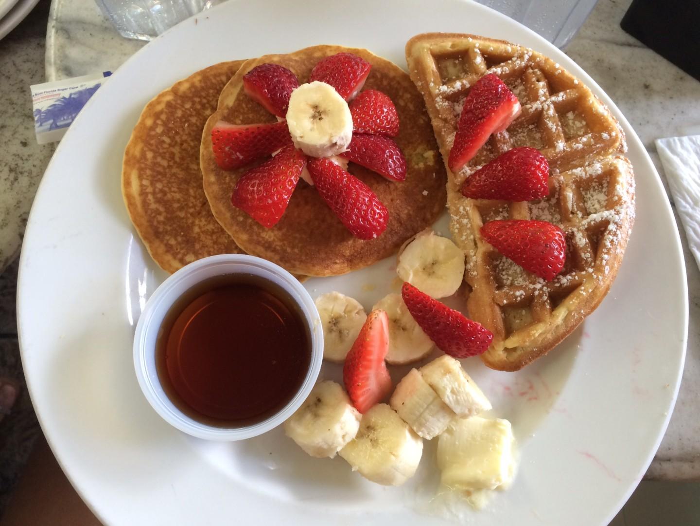 breakfast-news-cafè-oceand-drive-miami-viaggio-valentina-coco-fashion-blogger