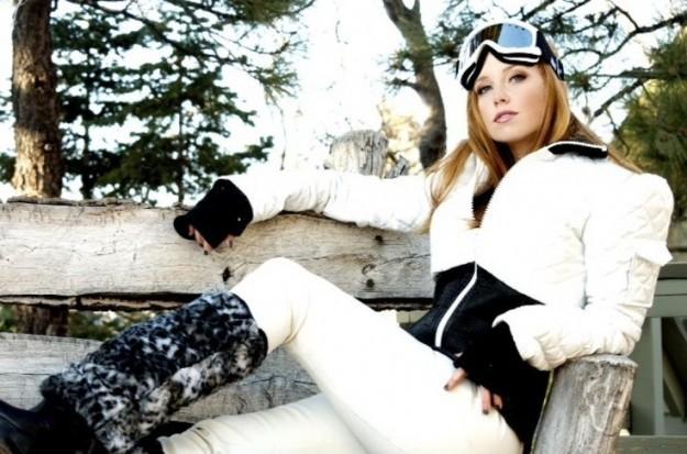 abbigliamento-da-montagna-visone-moon-boots-sestriere-cortina-valentina-coco-fashion-blogger