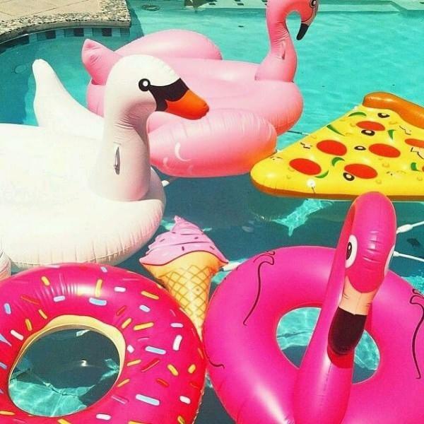 gonfiabili-da-spiaggia-unicorno-fenicottero-piscina-valentina-coco-summer-2016-fashion-blogger